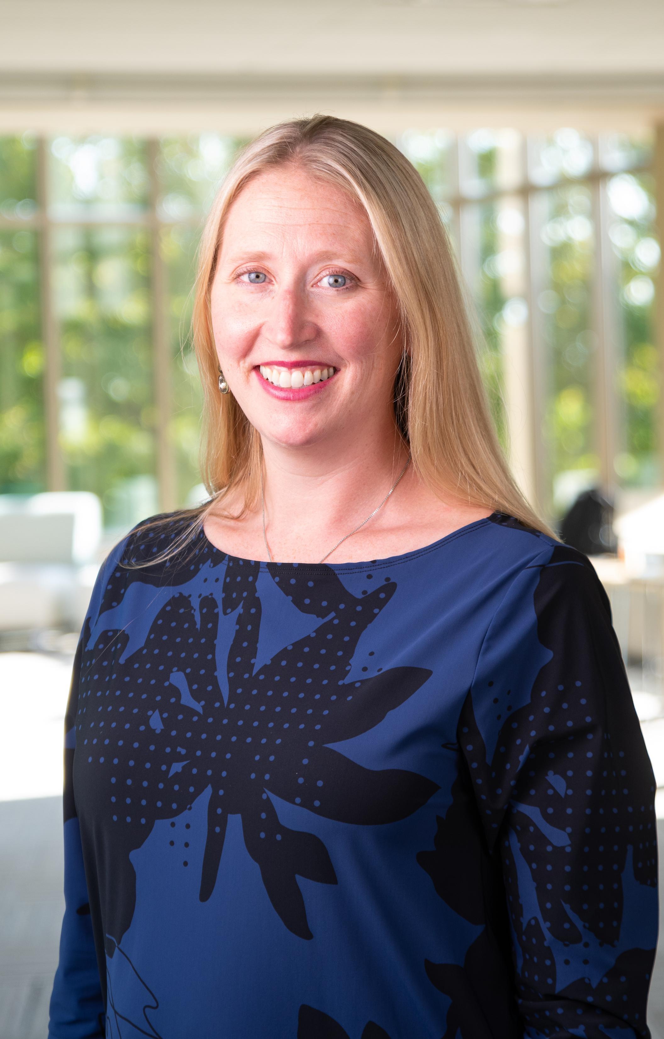 Erica J Kanewischer