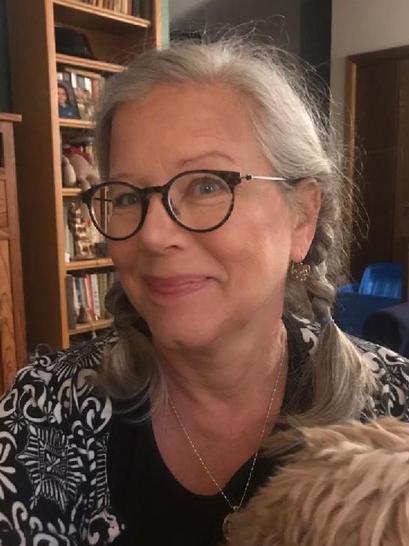 Lisa R McDermott